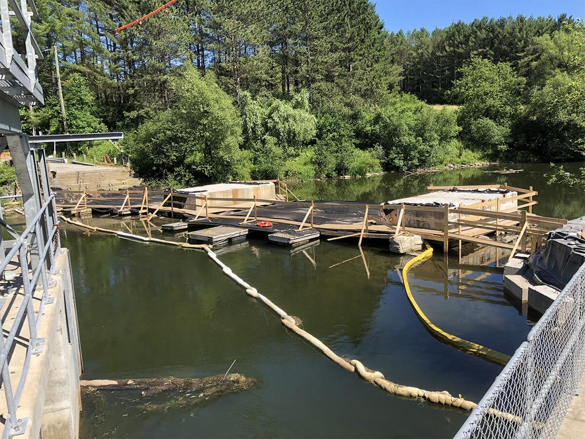 Contrôle des déversements d'hydrocarbures - Sécurité environnementale et nautique - Environnement - Terraquavie Environnement & Géosynthétiques